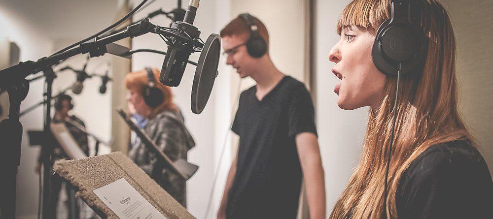 Mikrofon Oyunculuğu